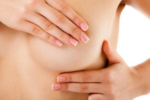 Болка или сърбеж в гърдите
