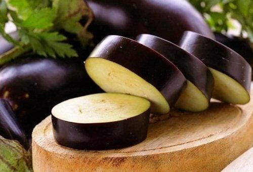 Яжте патладжани за отслабване и подобряване на храносмилането