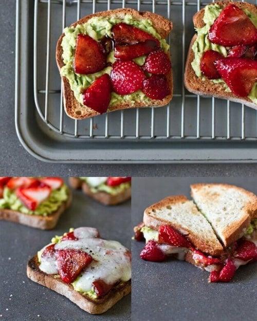 Да се насладим на този сандвич с авокадо и ягоди