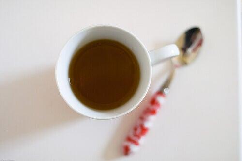 Чай при нередовна менструация