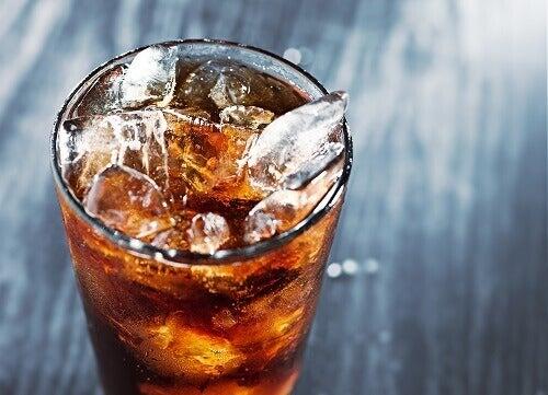 Опасностите от енергийните напитки