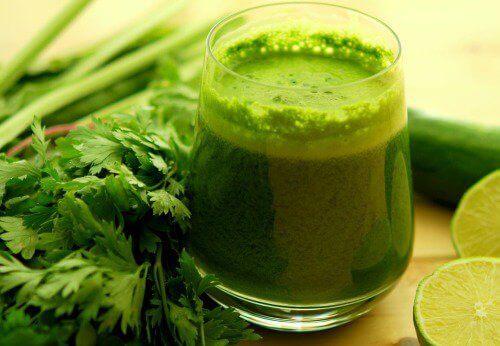 Зелен сок за прочистване на кръвта