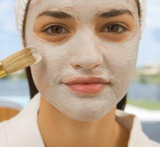 маска срещу разширените пори с брашно и лимон
