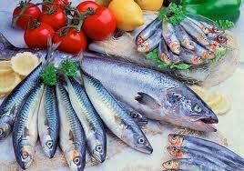 Мазната риба е сред храните,които улесняват поддържанета на мозъка активен.