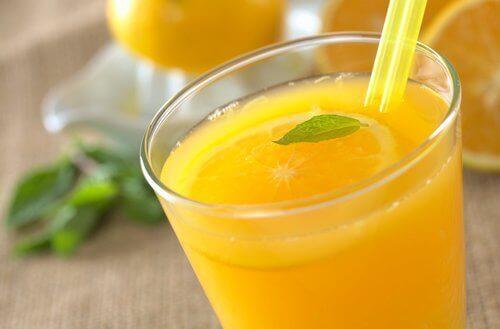 Портокалов сок за детоксикация на червата