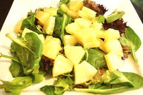Засищащи храни: ананас