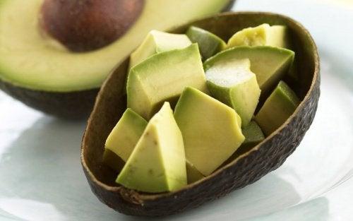 Пълнени зеленчуци: авокадо