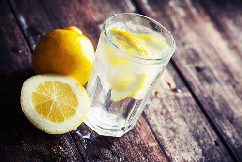 limonova-voda