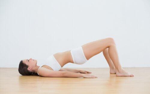 болките в кръста и цялостно разтягане на гърба