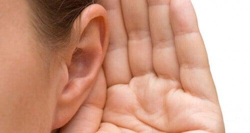 Причини и лечение на шум в ушите (тинитус)