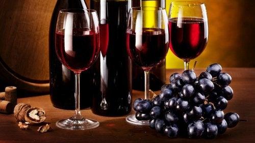 Чаша червено вино дневно подобрява храносмилането