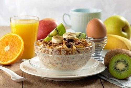 8 съвета за здравословна и вкусна закуска