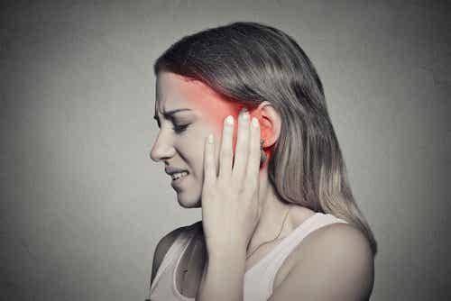 Шум в ушите – какво го причинява и как да го лекуваме