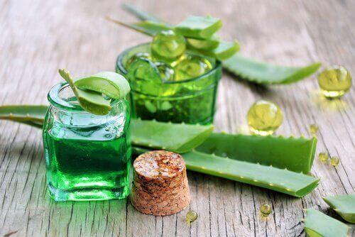 Гел от краставица и алое е естествена процедура против стареене