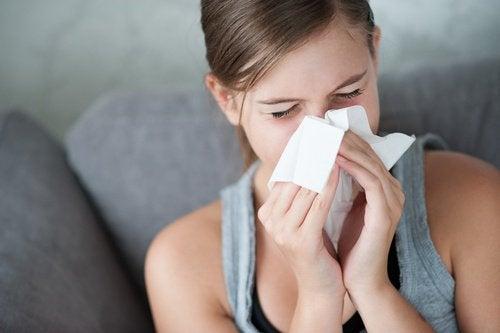 Ползите на чесъна при настинка и грип