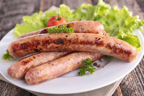 Има храни, които провокират симптомите на артрита