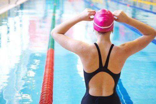 Упражнения при болки в коленете