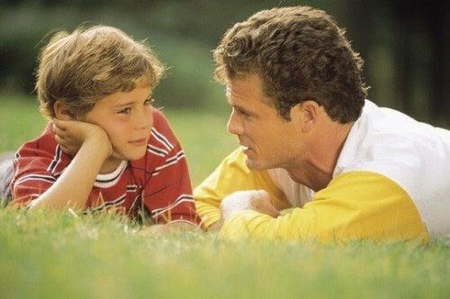 родителски грешки - не изслушваме детето си