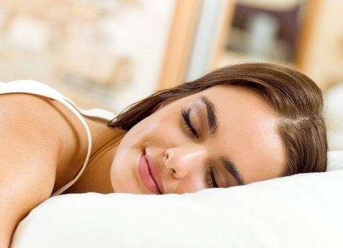 пълноценен сън - средство срещу силна умора