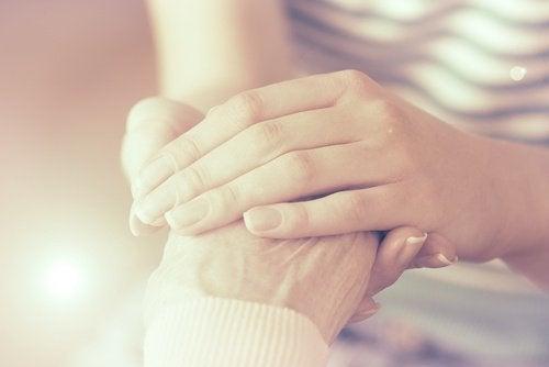 Синдром на гледача: Как да се грижим за грижещите се