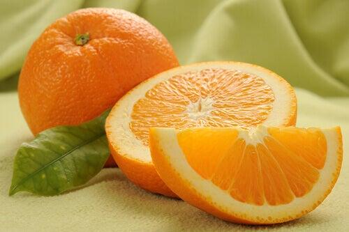 Използвайте витамин С против брадавици.