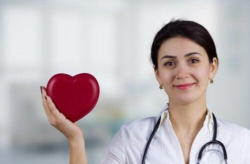 Зеленият чай подобрява здравето на сърцето