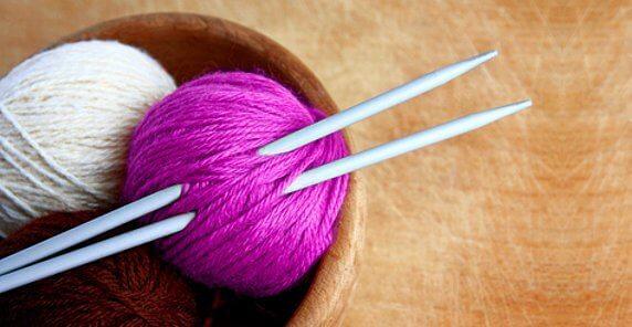 Ползи от плетенето: премахва стреса