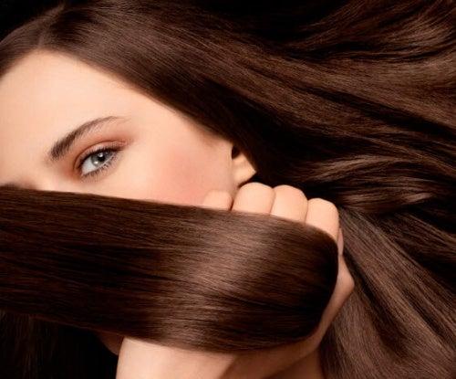 изправянето на косата естествено