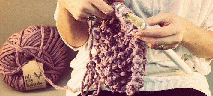 Ползи от плетенето: подобрява двигателните умения