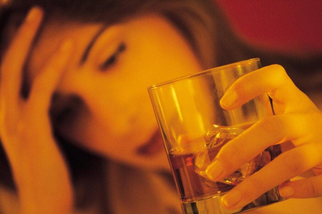 не консумирайте алкохол