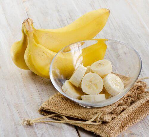 Банан и канела против недоспиването
