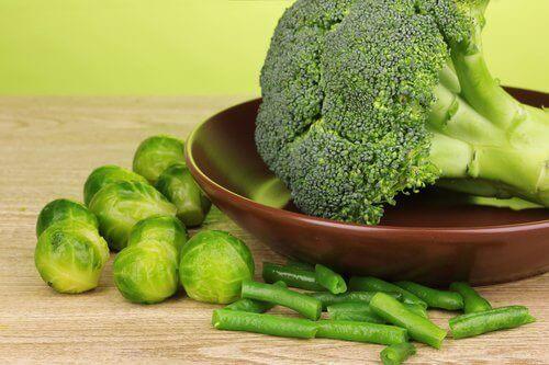 Избягвайте определени храни, ако страдате от хипотиреоидизъм