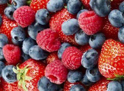 Горски плодове срещу мазнините по корема