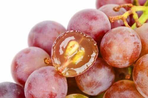 7 причини да ядете гроздовите семки