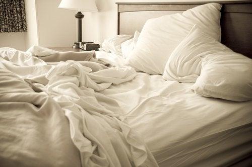 Отървете се от креватните дървеници завинаги!