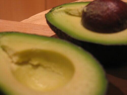 Авокадо срещу инсулт