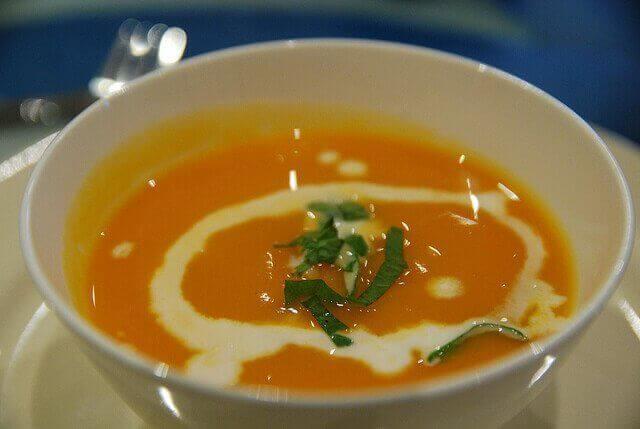 Тиквена супа за вечеря
