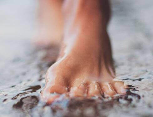 Поддържайте добра хигиена за здрави крака