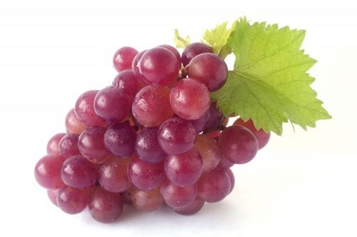 елиминирайте токсините с грозде