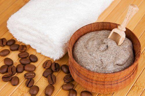 Кафето се бори с целулита и елиминира мъртвите кожни клетки