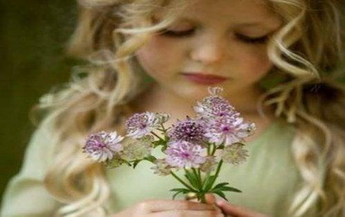 Научете децата на щастие