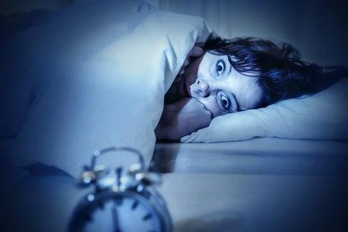 Сънна парализа и кошмари