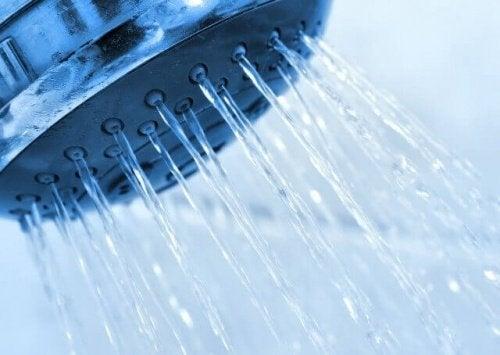 Студеният душ: 11 невероятни предимства, за които не подозираме