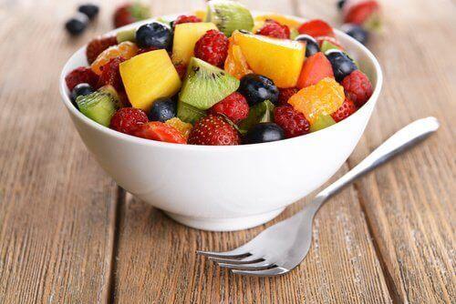 Кои плодове намаляват подуването