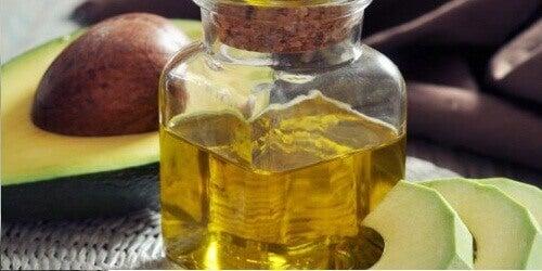 Масло от авокадо за растежа на косата