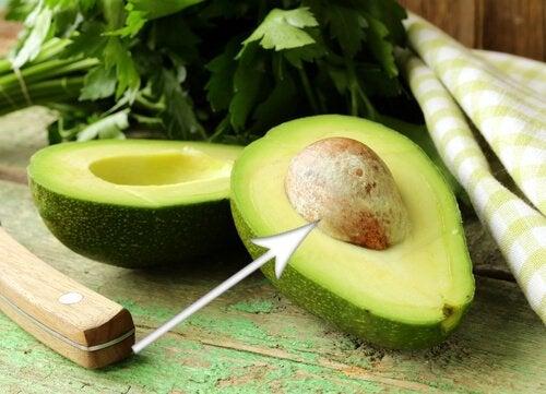 костилката на авокадото помага при отслабване