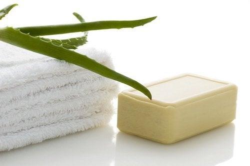 Направете домашен сапун  от алое