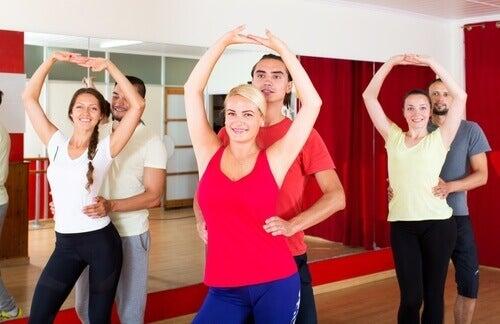 Два стила танци бачата - малко по-бавен или по-аеробен.