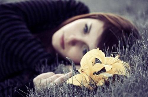 Депресията и тъгата често се появяват неканени в живота на хората.