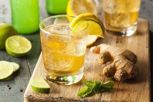 Открийте 5 ползи от джинджифиловата вода